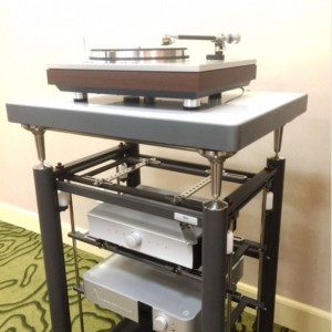 Luxman PD-171, Artesania Audio Krion turntable platform, Mola-Mola Makua + phonostage + DAC, Merging Technologies NADAC at RMAF 2015