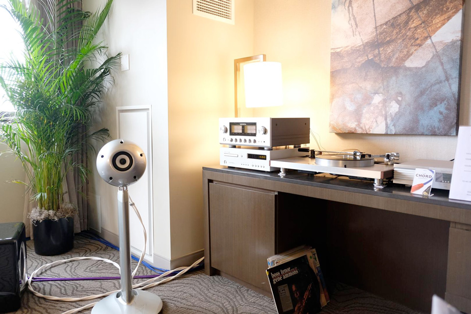 Eclipse / Luxman room at RMAF 2016. Photo credit: Alan Sircom / Hi-Fi+